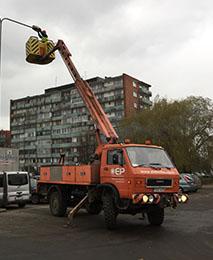 Auto bokštelis VW-MAN 9.150 elektrifikacijos paslaugos nuomojama iranga grezimui